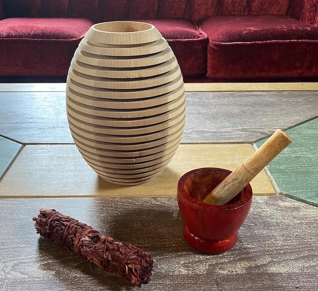make herbal preparations